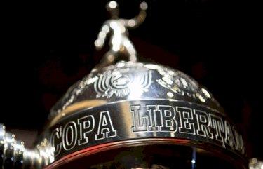 Racing contrata centroavante para a Libertadores; veja