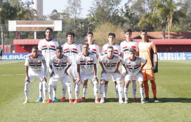 São Paulo arranca empate no fim do jogo contra o Flamengo
